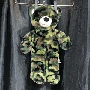Camo builder a bear